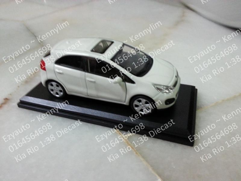 Car Trunk Storage >> Kia Rio 1:38 Diecast Toy Car – EzyAUTO
