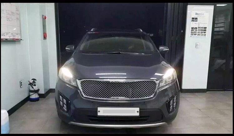 Kia Sorento Bentley Style Chrome Front Grill